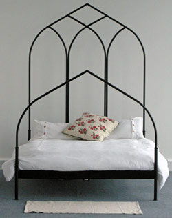 Ribbed Arch Bed without trefoil